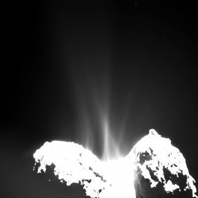 Sao chổi 67P/ Chruryumov-Gerasimenko, quan sát bằng camera Osiris từ phi thuyền Rosetta ngày 10/09/2014