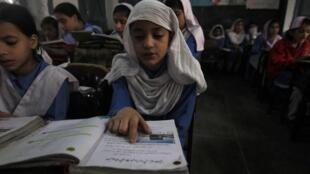 Tại Nam Á, Ấn Độ, Bangladesh và Pakistan đứng đầu trong số các nước có trẻ em thất học. (Ảnh minh họa)