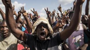 Des partisans du candidat Guy Brice Parfait Kolélas, arrivé second de l'élection présidentielle congolaise, le 23 mars 2016 à Brazzaville.
