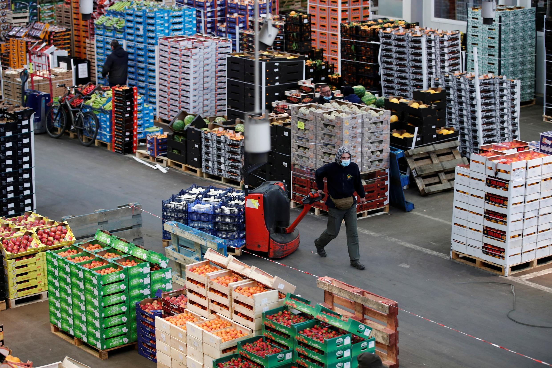 Hall du marché de Rungis, 15 mai 2020 (photo d'illustration).