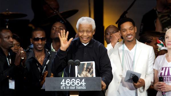 Nelson Mandela lors du Concert «46664», pour son 90ème anniversaire, à Hyde Park (Londres), le 27 juin 2008.