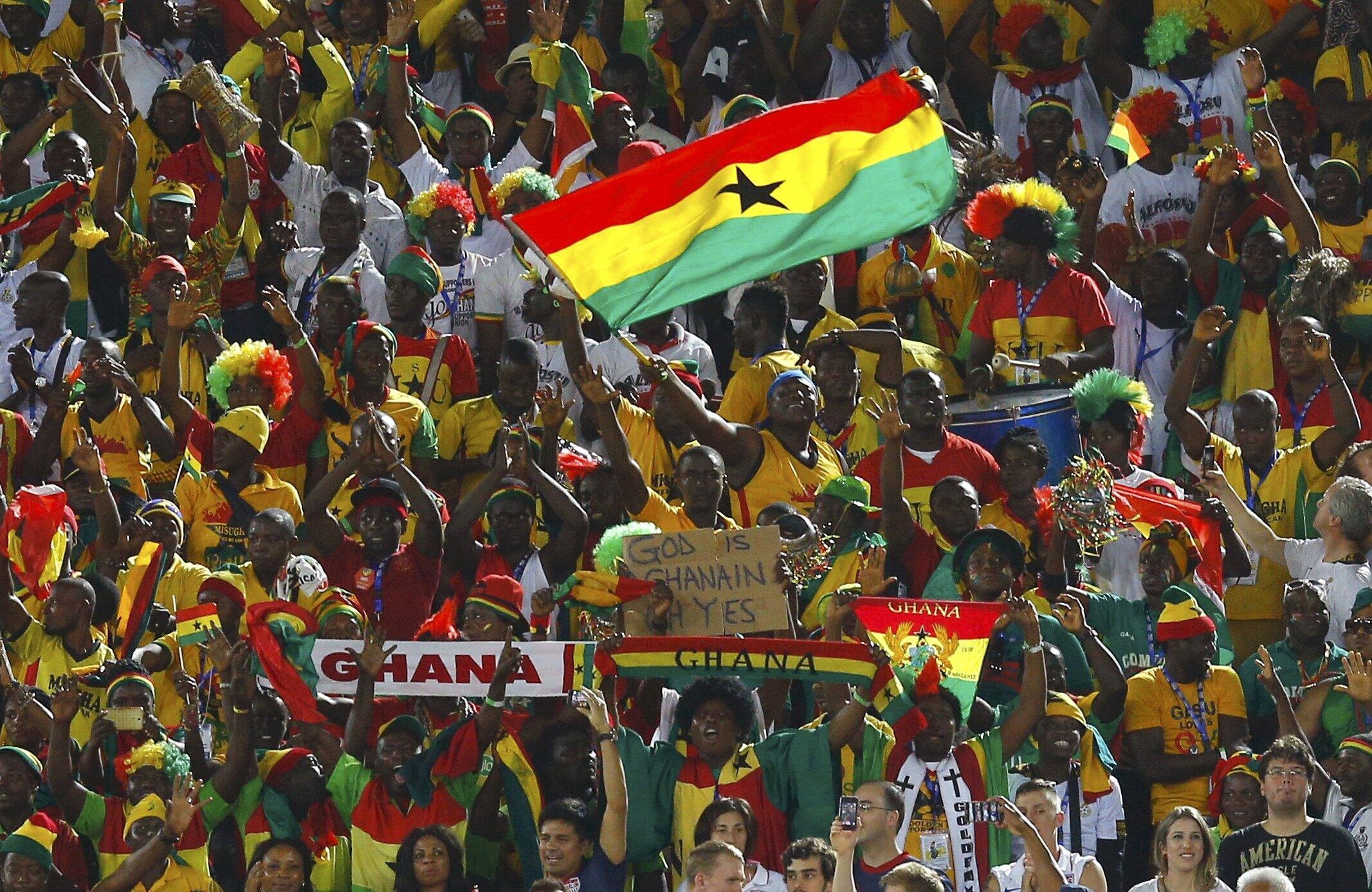 Mashabiki wa timu ya ya taifa ya soka ya Ghana Black Stars.
