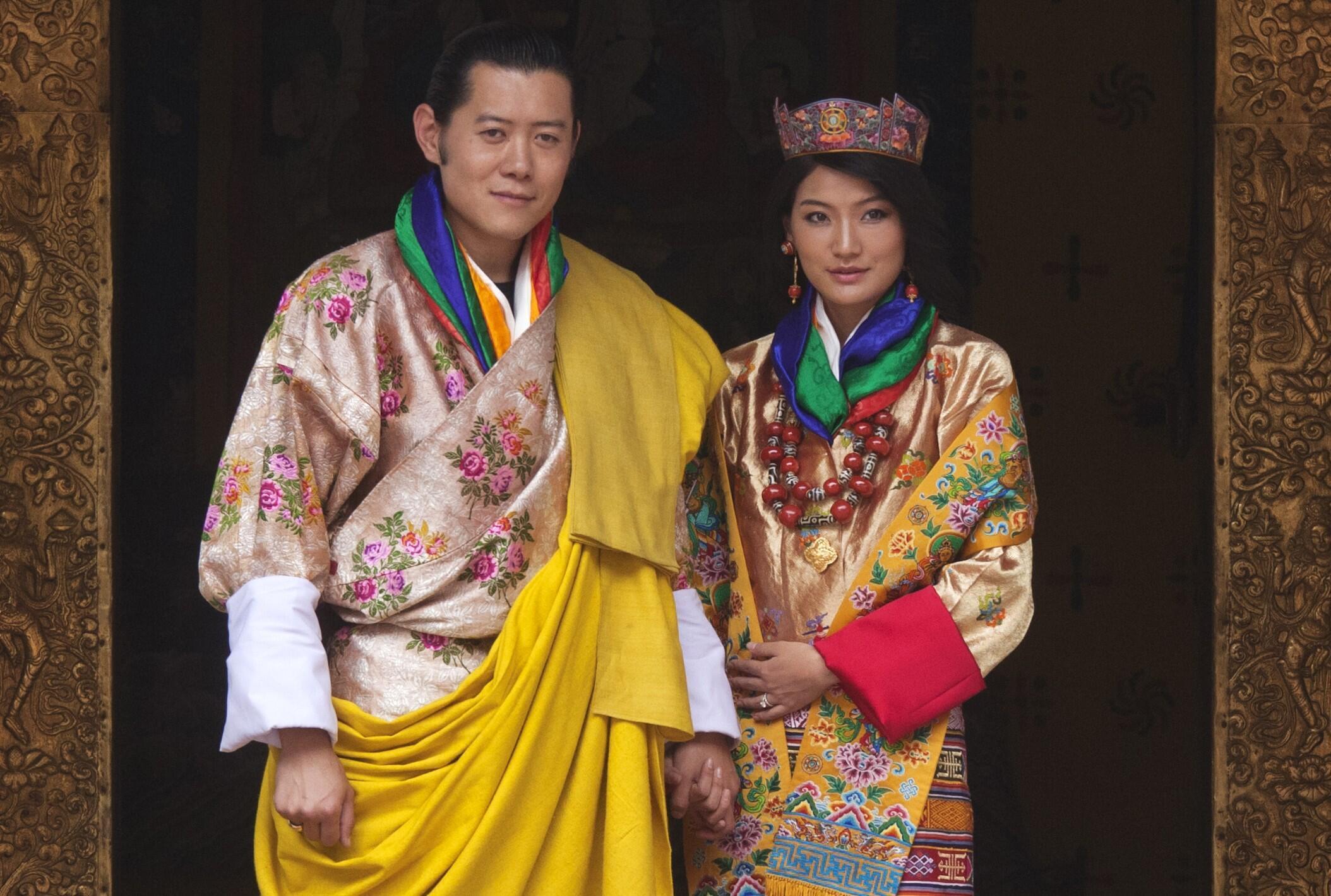 不丹王国国王旺楚克2011年10月13日与一位21岁的平民女大学生吉增佩玛举行婚礼。