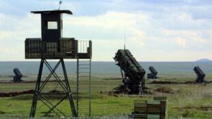 Des missiles Patriot à l'aéroport de Diyarbakir, dans le sud-est de la Turquie, le 11 mars 2003.