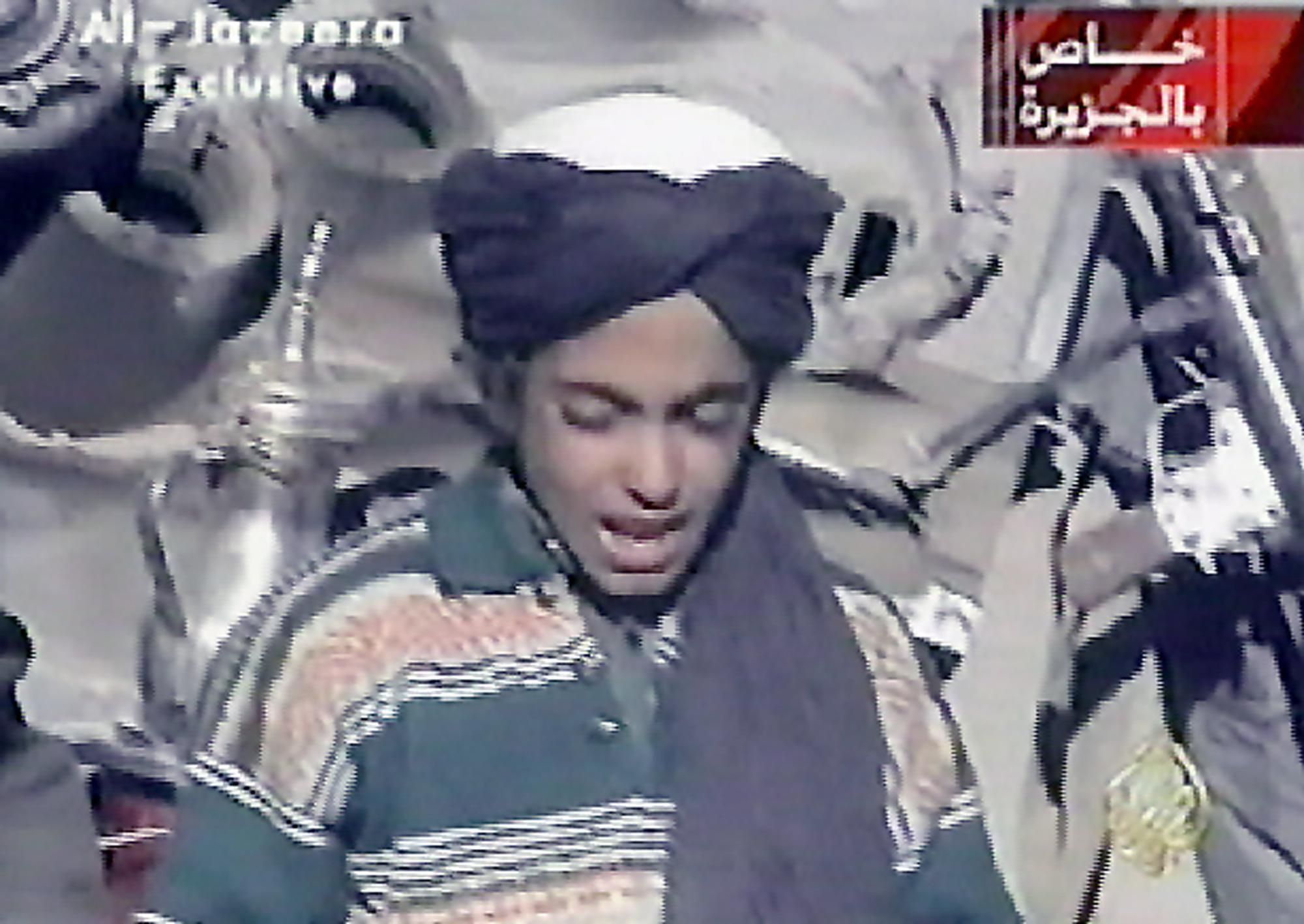 Хамза бен Ладен на видео ноября 2001 года.