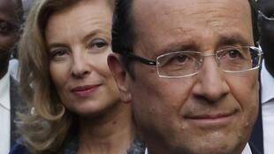 François Hollande and Valérie Trierweiler together during happier times.