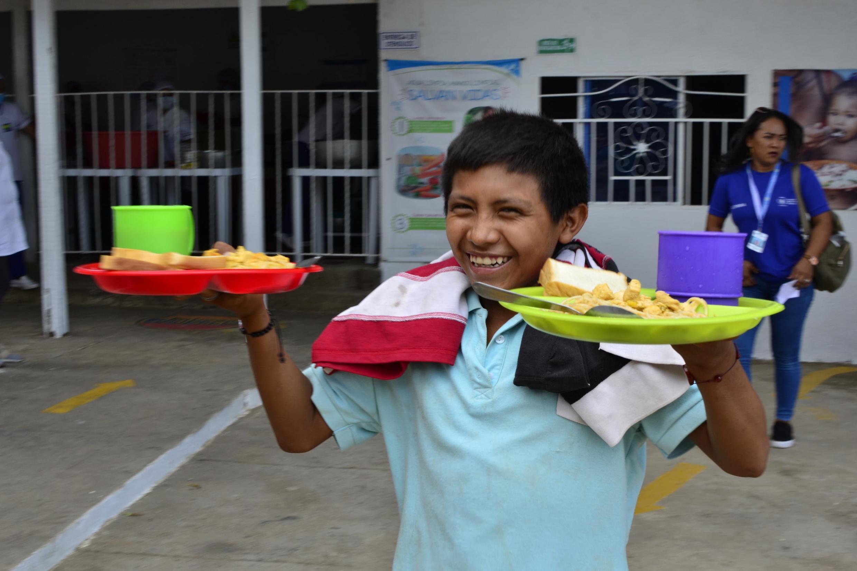 PAM assiste deslocados colombianos e refugiados venezuelanos que afluem à Colômbia.