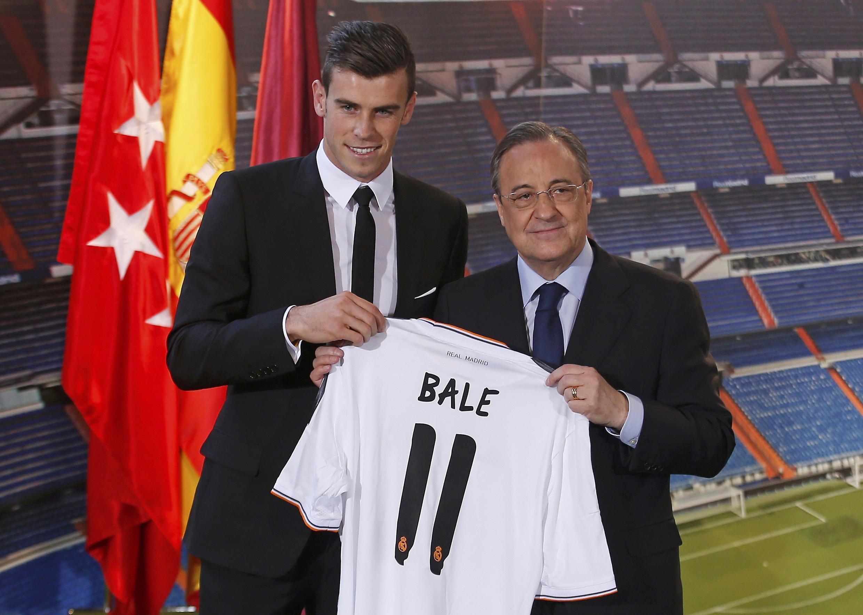Sabon dan wasan Real Madrid Gareth Bale a lokacin da aka gabatar da shi