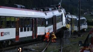 Dois trens se chocaram nesta segunda-feira, 29 de julho de 2013, em Granges-près-Marnand (Cantão de Vaud), na Suíça.