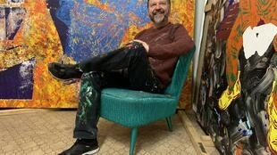 O artista brasileiro Alex Flemming, radicado em Berlim.