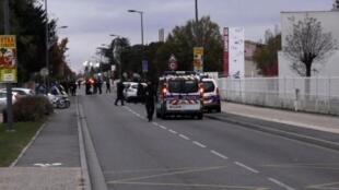圖盧茲當地警察封鎖事發現場資料圖片
