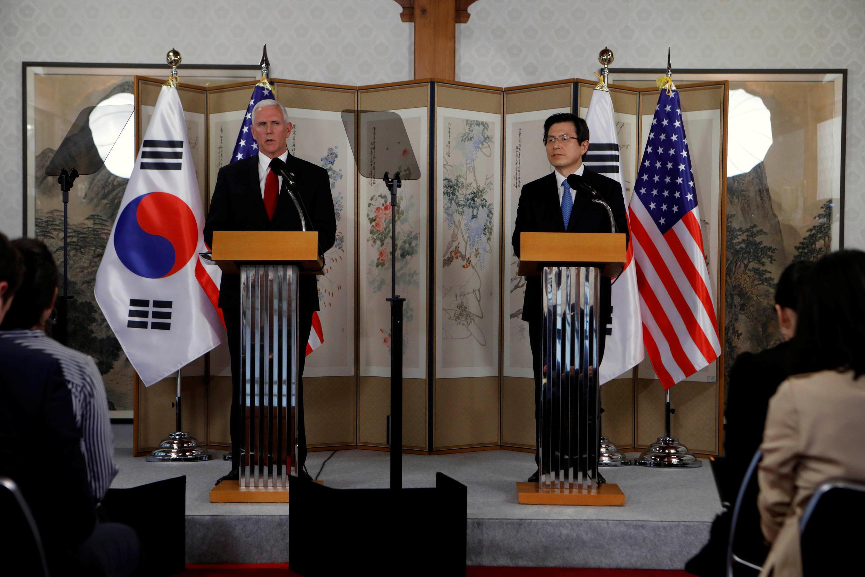 کنفرانس خبری مشترک مایک پنس در کره جنوبی