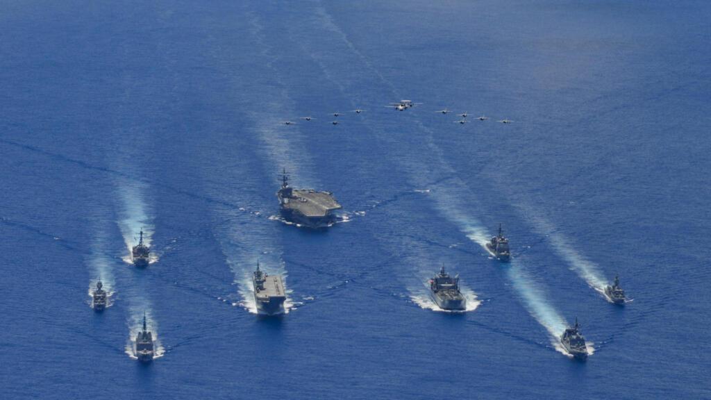 Biển Đông: Trung Quốc gặp gió ngược nhưng Việt Nam vẫn dè dặt
