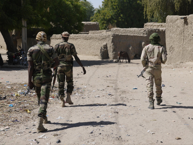 Militaires nigériens.