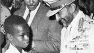 L'empereur éthiopien Hailé Sélassié (D) est considéré par les Rastas de Shashamane au sud d'Addis Abeba,comme leur messie.