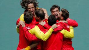 L'équipe d'Espagne de tennis, première vainqueur de la Coupe Davis nouvelle formule. Le 24 novembre 2019.
