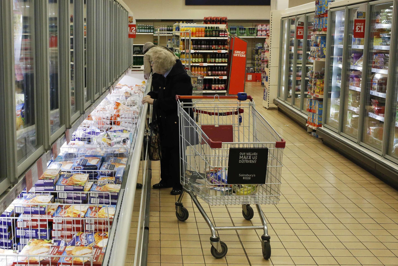 Consumidores sentiram-se enganados após o escândalo da carne de cavalo.