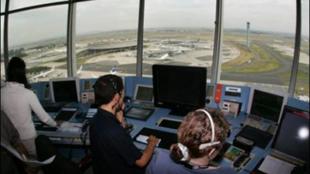As autoridades americanas querem fiscalizar o trabalho dos controladores aéreos.