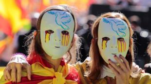 2017年10月8日,西班牙巴塞羅那街頭的反獨立大遊行。