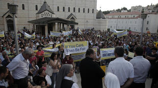 La grève touche aussi Nazareth, où des centaines de chrétiens se sont réunis sous la basilique de l'Annonciation mardi 1er septembre.