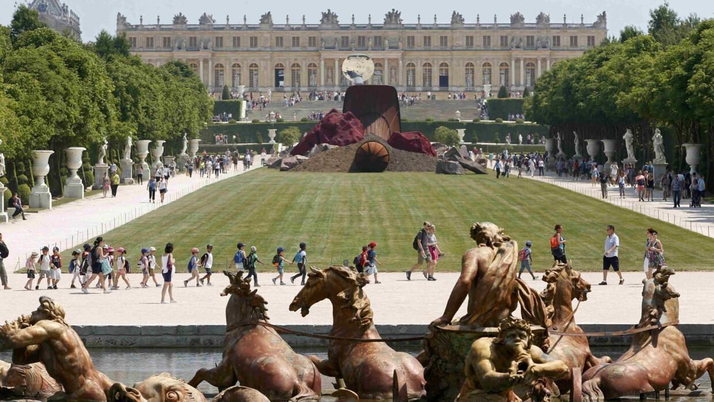 Chateau de Versailles re-opens after Covid-19 closure, minus foreign tourists
