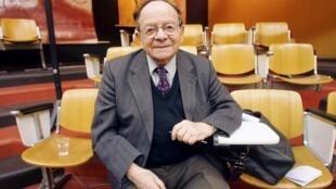 Militant communiste et anticolonialiste, Henri Alleg l'auteur de «La Question» est mort à 91 ans. Ici, à Toulouse, le 8 décembre 2005.