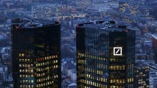 Le quartier général de la Deutche Bank à Frankfurt, Allemagne, le 26 janvier 2016