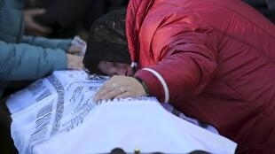 Funeral em São Petersburgo de uma das 224 vítimas do Airbus A321M operado pela empresa KogalimAvia.