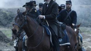 Lincoln, de Steven Spielberg, avec Daniel Day-Lewis, Sally Field, David Strathairn. En salles en France à partir de ce 30 janvier.