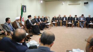 دیدار اعضای شورای شهر، شهردار و مسئولان شهرداری تهران با آیتالله خامنهای