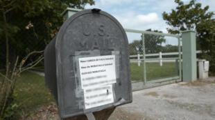 A mail box at the home of Soledad Cabeza de Vaca, Marquesa de Moratalla, in August