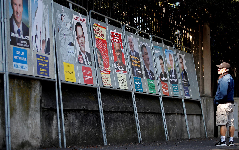 11 ứng cử viên tổng thống Pháp và thái độ dửng dưng của cử tri.