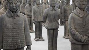 Prune Nourry的熟土女童俑個展,瑪格達·達尼斯畫廊,上海,2013年。