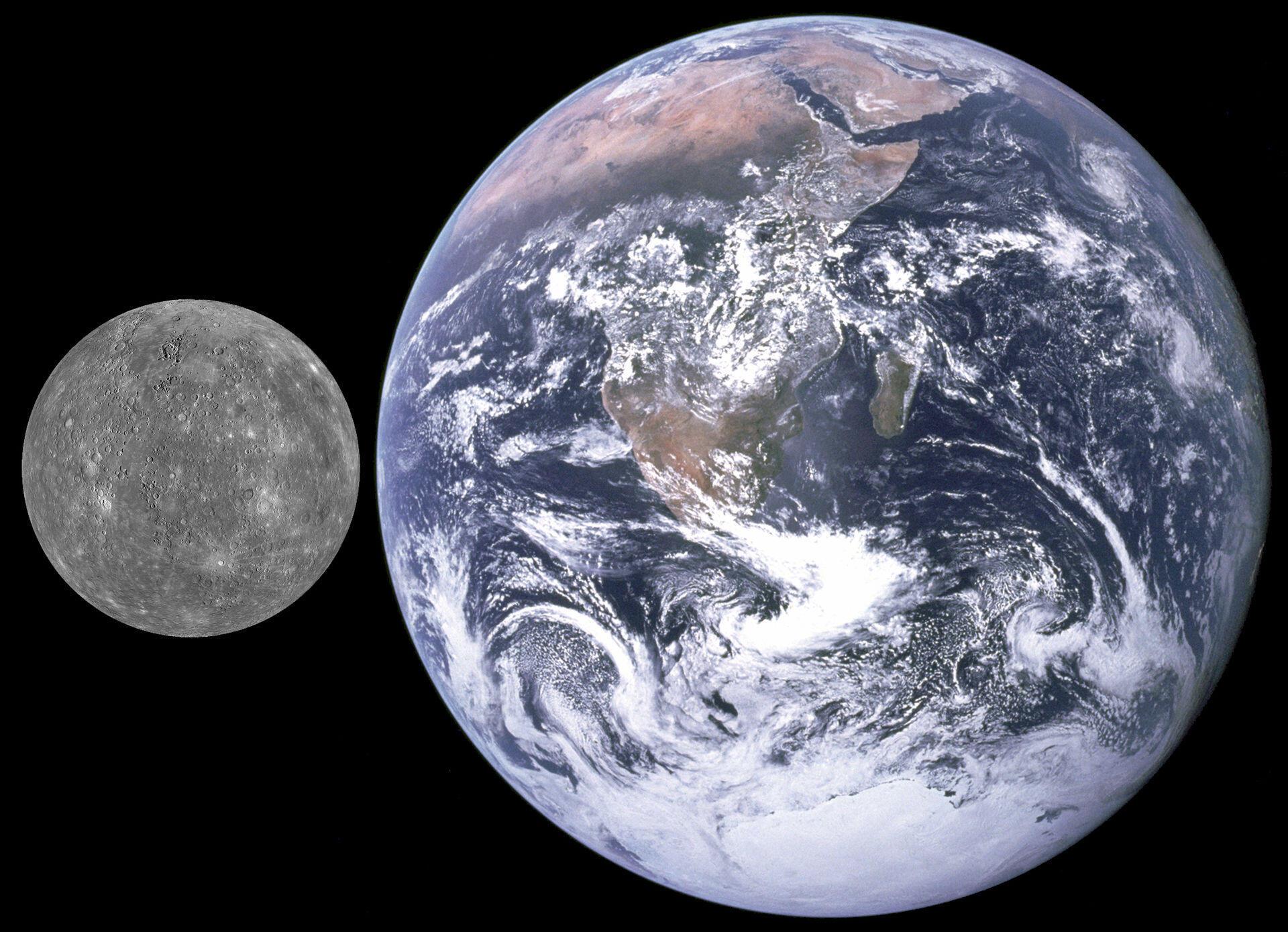 O planeta Mercúrio é muito pequeno em comparação com a Terra.