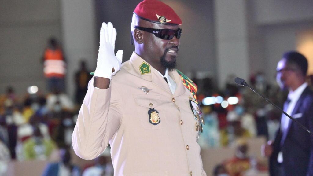 Guinée: le colonel Mamady Doumbouya met 42 généraux à la retraite