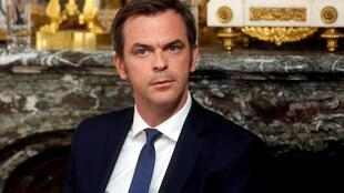 O ministro francês da Saúde, Olivier Véran, pediu uma análise sobre o uso da cloroquina e seus derivados nos hospitais francese em casos excepcionais