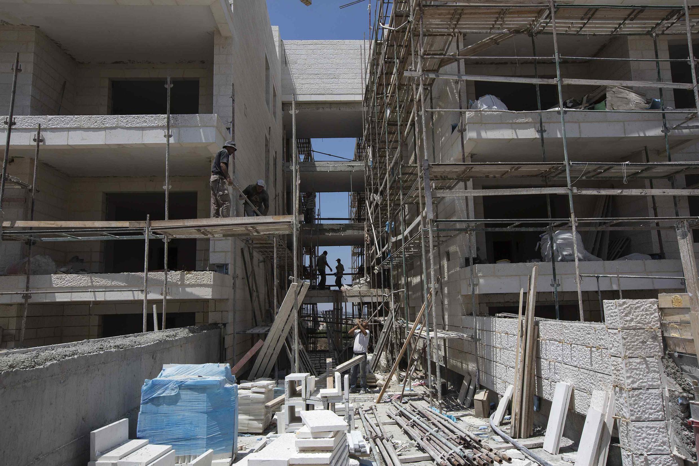 Novos assentamentos israelenses na cidade de Gilo, na Cisjordânia, em foto desta terça-feira, 13 de agosto de 2013.