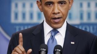Líderes do Congresso e Barack Obama participam de final de semana de maratona de negociações para um acordo sobre a dívida americana.