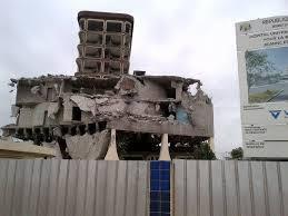Le bâtiment démoli de la Fondation Jeanne Ebori, du nom de la mère du deuxième président gabonais, était un fleuron du service public de santé au Gabon.