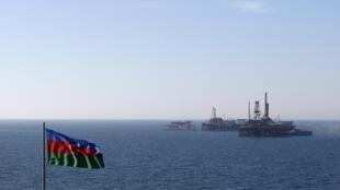 Нефть составляет 95% азербайджанского экспорта.