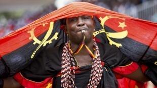 Angola festeja hoje o 41° aniversário da independência, que foi proclamada a 11 de Novembro de 1975 por Agostinho Neto.