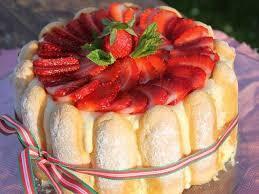 法國草莓夏洛特蛋糕