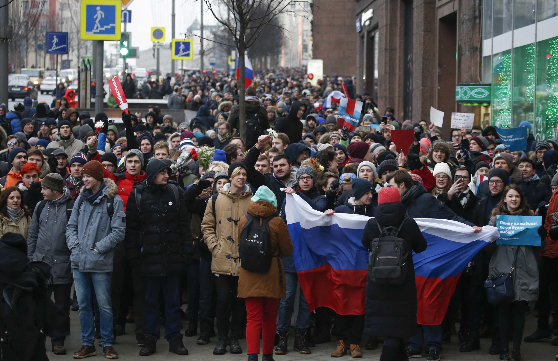 Partidários de Alexei Navalny manifestam em Moscovo contra a eleição presidencial de 18 de Março.28 de Janeiro de 2018