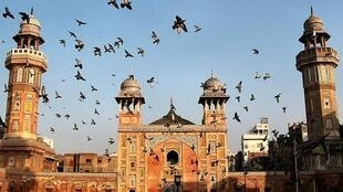 Not the Eiffel Tower - Lahore's Wazir Khan mosque