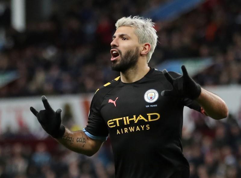Sergio Aguero dan wasan Manchester City.