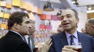 L'ex président de l'UMP Jean-François Copé (d) et le président du groupe UMP à l'Assemblée nationale Christian Jacob, en février 2013.