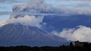 Vista general del volcán Calbuco, el 30 de abril de 2015 en Puerto Varas, Chile.