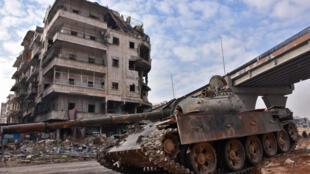 Les troupes syriennes dans Alep, le 7 décembre 2016.