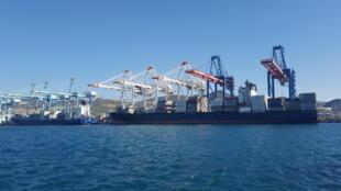 Vue du terminal à containers de Tanger Med I.