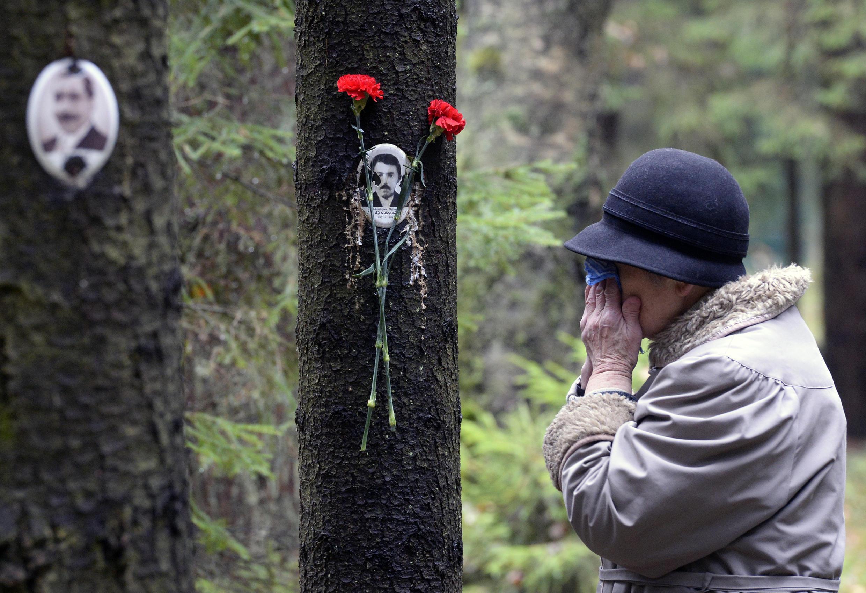 Memorial a las víctimas del Gulag en la región de San Petersburgo.